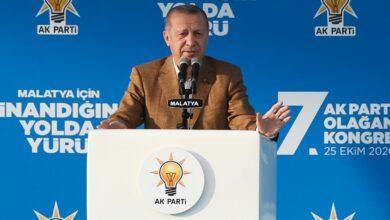 صورة أردوغان لمسؤولين أمريكيين:أنتم لا تعرفون مع من تتعاملون