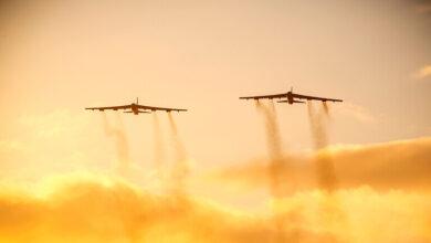"""صورة """"دورية جوية"""" فوق الشرق الأوسط لقاذفات أمريكية و مقاتلات سعودية و إسرائيلية وقطرية"""