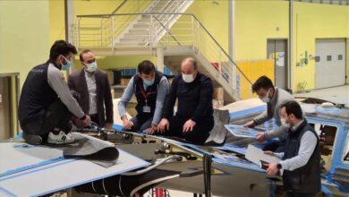 """صورة وزير التكنولوجيا  يباشر باكورة إنتاج مسيرة  """"أقينجي إس-1"""""""