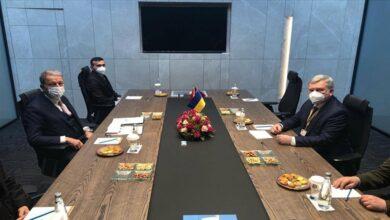 صورة وزيرا دفاع تركيا و أوكرانيا يبحثان التعاون في الصناعات الدفاعية