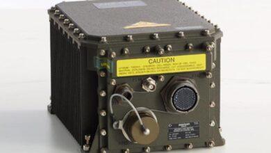 صورة عائلة نظام الملاحة بالقصور الذاتي المستخدمة في هليكوبترات T129 ATAK وصولا إلى الطرادات من صنف ADA : ANS-510