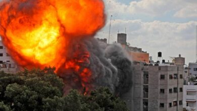 """صورة غزة…""""الصحة"""" ترجح مقتل فلسطينيين بغازات سامة في القصف الإسرائيلي"""