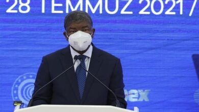 صورة الرئيس الأنغولي يزور رئاسة الصناعات الدفاعية التركية